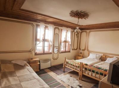 Стая с две спалини